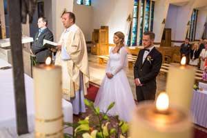 fotograf czestochowa fotografia ślubna kościół ceremonia zaślubin w kościele fotograf z czestochowy zdjęcie czestochowa fotograf 07  jpg